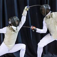 Nederland, Almere, 16 april 2017.<br /> Daan Weber (links) en Quincy Dualeh in actie tijdens het NK schermen in het topsportcentrum van Almere.<br /> Op de foto: Voor aanvang van de wedstrijd wordt er nog geoefend.<br /> <br /> <br /> Foto: Jean-Pierre Jans