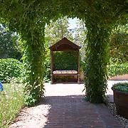 Classic Garden 544