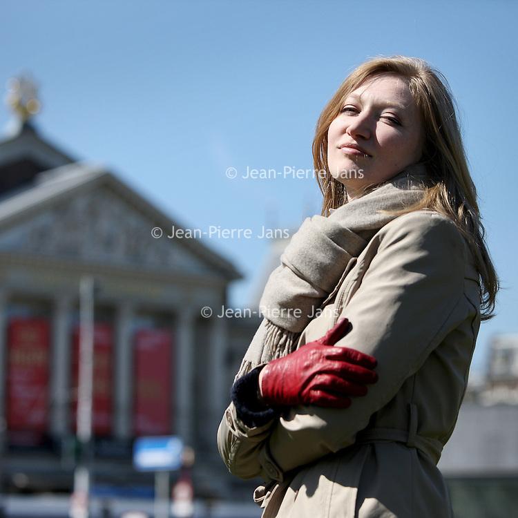 Nederland, Amsterdam , 23 april 2010..De jonge Poolse violiste Joanna Wronko.The young Polish violinist Joanna Wronko.