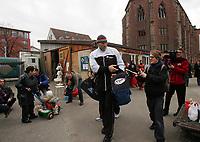 Nikolai Valuev (RUS) bei der Ankunft im Boxclub Basel. © Valeriano Di Domenico/EQ Images