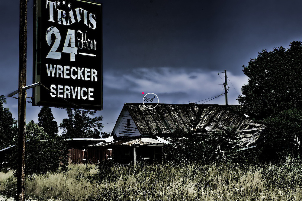 Wrecker Service 24 Hour