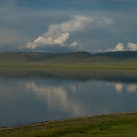 Lake Erkhel, north of Muren, a salt-water sink that gaining infamy in 2005 as a site of massive bird kills from avian flu.  Ulaan Tolgoi, a major deer stone site lies just west of the lake.