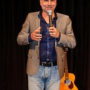 NLD/Hilversum/20101124 - Uitreiking boek 50 jaar Edison, de geschiedenis van de Muziekprijs, Leo Blokhuis