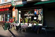 Cafe aan de Weimarstraat in Den Haag, voorbereid op de kroning van prins Willem-Alexander - Bar in The Hague prepared for the crowning of prince Willem-Alexander, The Netherlands