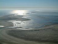 Luchtfoto van de Engelsmanplaat tussen Ameland en Schiermonnikoog.