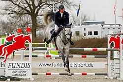 08.2, Youngster-Springprfg. Kl. M* 8j. Pferde, Ehlersdorf, Reitanlage Jörg Naeve, 29.04. - 02.05.2021,, Thomas Kleis (GER), Casadimo,