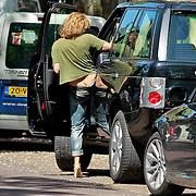 NLD/Amsterdam/20110511 - Judith Wiersma winkelend in Amsterdam
