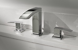 Bathroom faucet set