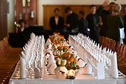 Werkbezoek van Zijne Majesteit de Koning, vergezeld door Hare Majesteit Koningin Maxima aan de Duitse deelstaten Thüringen, Saksen en Saksen-Anhalt<br /> <br /> Working visit of His Majesty the King, accompanied by Her Majesty Queen Maxima in the German states of Thuringia, Saxony and Saxony-Anhalt<br /> <br /> Op de foto / On the photo:  Gesprek en lunch minister-president Tillich in het Altes Rathaus //// Conversation and lunch, Prime Minister Tillich in the Altes Rathaus