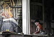 """Milano,Teatro Elfo, immagini dello spettacolo """" Morte accidentale di un anarchico di Dario Fo con la regia di Ferdinando Bruni e Elio De Capitani..regia Ferdinando Bruni e Elio De Capitani"""