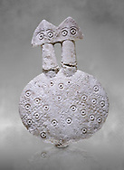 Bronze Age Anatolian two headed disk shaped alabaster Goddess figurine - 19th to 17th century BC - Kültepe Kanesh - Museum of Anatolian Civilisations, Ankara, Turkey. .<br /> <br /> If you prefer to buy from our ALAMY PHOTO LIBRARY  Collection visit : https://www.alamy.com/portfolio/paul-williams-funkystock/kultepe-kanesh-pottery.html<br /> <br /> Visit our ANCIENT WORLD PHOTO COLLECTIONS for more photos to download or buy as wall art prints https://funkystock.photoshelter.com/gallery-collection/Ancient-World-Art-Antiquities-Historic-Sites-Pictures-Images-of/C00006u26yqSkDOM