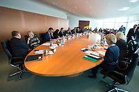 22 MAR 2017, BERLIN/GERMANY:<br /> Uebersicht Kabinettstisch Kabinett Merkel, vor Beginn der Kabinettsitzung, Bundeskanzleramt<br /> IMAGE: 20170322-01-019<br /> KEYWORDS: Kabinett, Sitzung, Übersicht