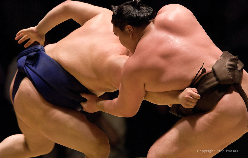 Hakuho (right) and Tokitenku compete in the semi-final round of Day 2 of the 2008 Grand Sumo Tournament Los Angeles, Los Angeles Sports Arena, Los Angeles, California