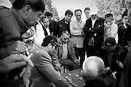 Chinese men playing chess, Beijing, China, Asia, 2011