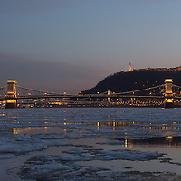 Ice blocks float on the surface of river Danube in front of Chain Bridge in Budapest, Hungary on January 08, 2017. ATTILA VOLGYI