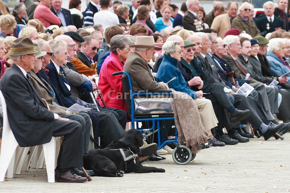 Old soldiers attend the 2007 ANZAC day parade service in Hobart Tasmania <br /> <br /> Editions:- Open Edition Print / Stock Image