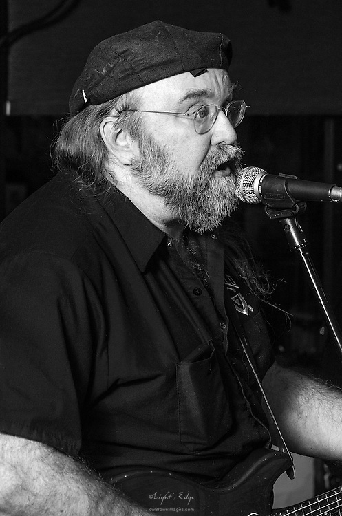 Al Pepiak of Lost Art perfoming at The Bus Stop Music Cafe in Pitman, NJ.
