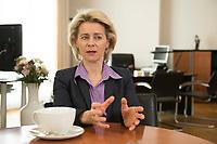 21 MAR 2014, BERLIN/DEUTSCHLAND:<br /> Ursula von der Leyen, CDU, Bundesministerin der Verteidigung, waehrend einem Interview, in ihrem Buero, Bundesministerium der Verteidigung<br /> IMAGE: 20140321-01-012<br /> KEYWORDS: Büro