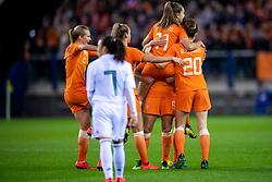 05-04-2019 NED: Netherlands - Mexico, Arnhem<br /> Friendly match in GelreDome Arnhem. Netherlands win 2-0 / Lieke Martens #11 of The Netherlands scores 2-0, Sherida Spitse #8 of The Netherlands, Jill Roord #12 of The Netherlands, Desiree van Lunteren #2 of The Netherlands