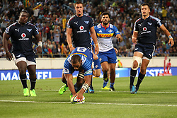 Nizaam Carr of the DHL Stormers runs in the try  during the Super Rugby match between the DHL Stormers and the Vodacom Blue Bulls at Newlands Stadium in Cape Town on the 25th February 2017