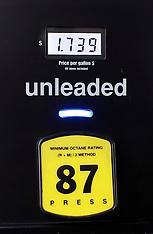 30dec14-Cheap Gas