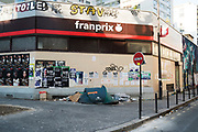 """March, 26th 2020 - Paris, Ile-de-France, France: Homeless during the spread of the Coronavirus, during the eigth day of near total lockdown imposed in France. A week after President of France, Emmanuel Macron, said the citizens must stay at home from midday on Tuesday for at least 15 days. He said """"We are at war, a public health war, certainly but we are at war, against an invisible and elusive enemy"""". All journeys outside the home unless justified for essential professional or health reasons are outlawed. Anyone flouting the new regulations is fined. Nigel Dickinson"""