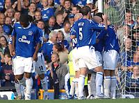 Photo: Paul Greenwood.<br />Everton v Sheffield United. The Barclays Premiership. 21/10/2006. Everton captain David Wier (5) joins the celebrations