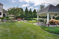 11608_Hunting_Crest House Exterior landscaping patio and pergola VA2-142-721