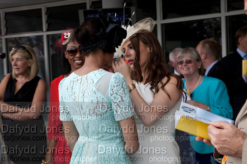 BEVERLEY KNIGHT; NAOMI HARRIS; MAKEUP ARTIST; TONYA MELI, Glorious Goodwood. Ladies Day. 28 July 2011. <br /> <br />  , -DO NOT ARCHIVE-© Copyright Photograph by Dafydd Jones. 248 Clapham Rd. London SW9 0PZ. Tel 0207 820 0771. www.dafjones.com.