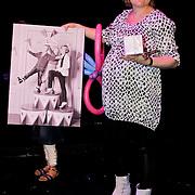 NLD/Amsterdam/20100414 - Uitreiking Mama van het Jaar 2010, bussiness mama van het jaar, Claudia Willemsen