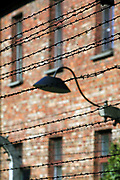 Tereny bylego niemieckiego nazistowskiego obozu koncentracyjnego i zaglady, Auschwitz Electrified fence - grounds of the former German Nazi concentration and extermination camps Auschwitz I, Poland