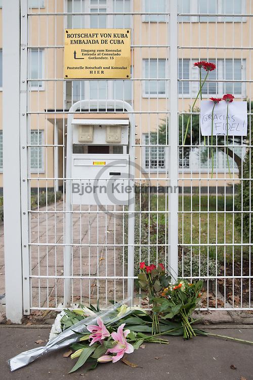 Berlin, Germany - 26.11.2016<br /> <br /> Flowers at the entrance of the Cuban Embassy in Berlin a few hours after the death of the Cuban leader Fidel Castro.<br /> <br /> Blumen am Eingang der Kubanische Botschaft in Berlin wenige Stunden nach dem bekanntwerden des Todes von dem kubanischen Staatschefs Fidel Castro.<br /> <br /> Photo: Bjoern Kietzmann