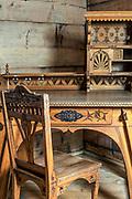 """Meble, biurko i krzesło, wnętrze willi """"Koliba"""", Zakopane"""