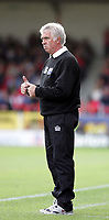 Photo:  Frances Leader.<br /> Swindon Town FC v Peterborough Utd.  Coca-Cola football league one.<br /> The County Ground.<br /> 11/09/2004<br /> Swindon's manager Andy King.