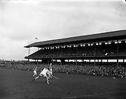 09/10/1960<br /> 10/09/1960<br /> 9 October 1960<br /> St. Brendan Cup Final: Tipperary v New York at Croke Park, Dublin.