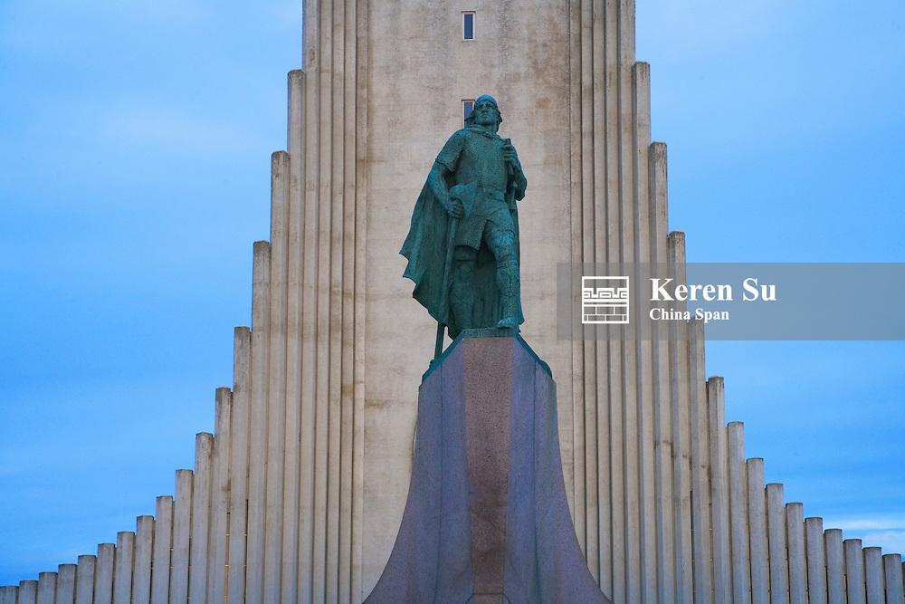 Hallgrimskirkja and Leif Eriksson Statue, Reykjavik, Iceland
