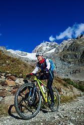 16-09-2017 FRA: BvdGF Tour du Mont Blanc day 7, Beaufort<br /> De laatste etappe waar we starten eindigen we ook weer na een prachtige route langs de Mt. Blanc / Nicole