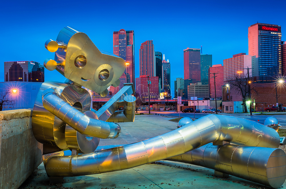 Sculpture in downtown Dallas, Texas