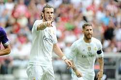04.08.2015, Allianz Arena, Muenchen, GER, AUDI CUP, Real Madrid vs Tottenham Hotspur, im Bild Gareth Bale (Real Madrid), rechts daneben Sergio Ramos (Real Madrid) // during the 2015 Audi Cup Match between Real Madrid and Tottenham Hotspur at the Allianz Arena in Muenchen, Germany on 2015/08/04. EXPA Pictures © 2015, PhotoCredit: EXPA/ Eibner-Pressefoto/ Stuetzle<br /> <br /> *****ATTENTION - OUT of GER*****