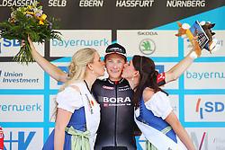 Radsport: 36. Bayern Rundfahrt 2015 / 3. Etappe, Selb - Ebern, 15.05.2015<br /> Cycling: 36th Tour of Bavaria 2015 / Stage 3, <br /> Selb - Ebern, 15.05.2015<br /> Siegerehrung - podium, <br /> winner # 113 Bennett, Sam (IRL, Team BORA-ARGON 18),