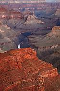 Vista al amanecer desde Hopi Point, Grand Canyon National Park, Arizona (Estados Unidos)
