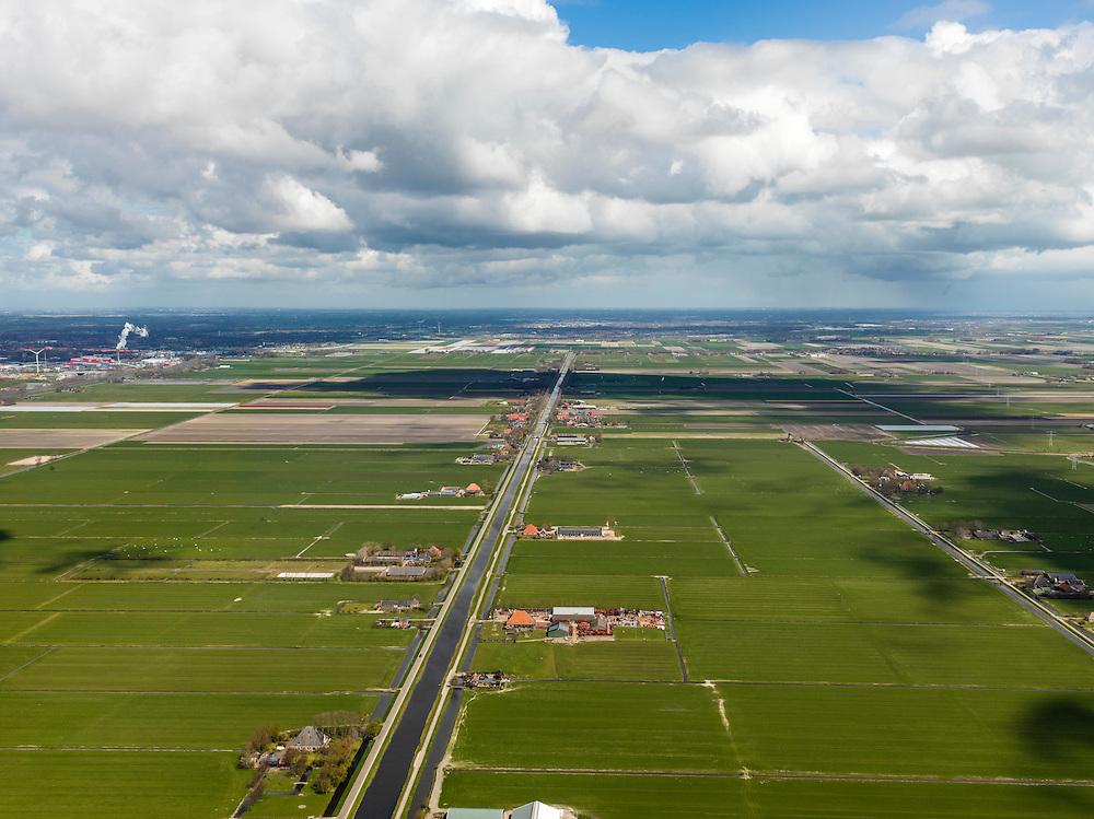 Nederland, Noord-Holland, Gemeente Schermer, 16-04-2012; Polder K, onderdeel van De Schermer gezien langs de As van de Blokkerweg, naar Heerhugowaard. Vuilverbranding Alkmaar aan de horizon...Polder K (part of the polder Schermer) with regular land division. In the back the incineration process of the city of Alkmaar..luchtfoto (toeslag), aerial photo (additional fee required);.copyright foto/photo Siebe Swar