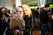 CARYN FRANKLIN; PAM HOGG, 30 Years Of i-D - book launch. Q Book 5-8 Lower John Street, London . 4 November 2010. -DO NOT ARCHIVE-© Copyright Photograph by Dafydd Jones. 248 Clapham Rd. London SW9 0PZ. Tel 0207 820 0771. www.dafjones.com.