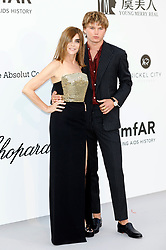 May 23, 2019 - Antibes, Alpes-Maritimes, Frankreich - Carine Roitfeld and Jordan Barrett attending the 26th amfAR's Cinema Against Aids Gala during the 72nd Cannes Film Festival at Hotel du Cap-Eden-Roc on May 23, 2019 in Antibes (Credit Image: © Future-Image via ZUMA Press)