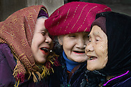Vietnam Images-people-cultural-traditional. hoàng thế nhiệm hoàng thế nhiệm