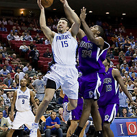 BASKETBALL - NBA - ORLANDO (USA) - 01/11/2008 -  .ORLANDO MAGIC V SACRAMENTO KINGS  (121-103)  HEDO TURKOGLU / ORLANDO MAGIC, JASON THOMPSON / SACRAMENTO KINGS