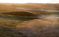 NOORDWIJK - Noordwijkse golfclub, hole 18 op een winterse ochtend in november. FOTO KOEN SUYK