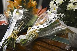 December 3, 2016 - Detalhe das homenagens deixadas sobre o caixão de Lilácio Junior. Os corpos dos jornalista da FOX Sports, Lilácio Pereira Junior e Devair Paschoalan que morreram no acidente com o avião que transportava o time da Chapecoense, chegam para o velório na Assembleia Legislativa do Estado de São Paulo neste sábado  (Credit Image: © Aloisio Mauricio/Fotoarena via ZUMA Press)
