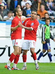 30.05.2010, UPC Arena, Graz, AUT, WM Vorbereitung, Japan vs England, im Bild Joe Cole, England, Aaron Lennon, England, Jubel nach dem 1 zu 1, EXPA Pictures © 2010, PhotoCredit: EXPA/ S. Zangrando / SPORTIDA PHOTO AGENCY