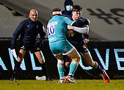Sale Sharks wing Tom Roebuck runs at Warriors fly-half Duncan Weir during the Gallagher Premiership match Sale Sharks -V- Worcester Warriors at The AJ Bell Stadium, Greater Manchester,England United Kingdom, Friday, January 08, 2021. (Steve Flynn/Image of Sport)